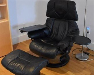 Ekornes Stressless chair with ottoman