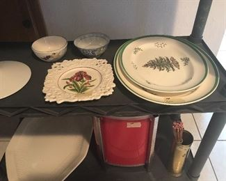 copeland-england -christmas  tree platters
