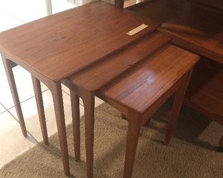 teak mid century set of 3 nesting table