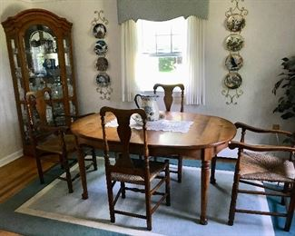 Cushman Table with one leaf and table pads / Set of 4 Wallace Nutting Chairs / Lighted Curio