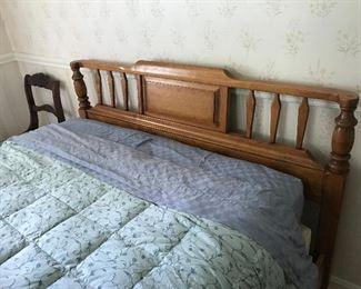 Cushman Bed