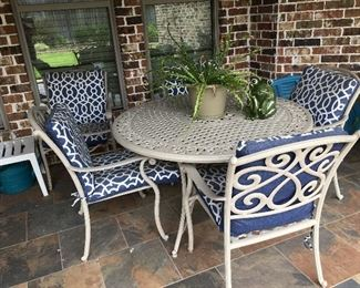 Patio furniture - table & chairs