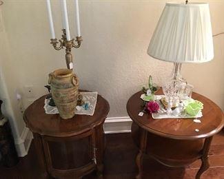 Curio table, round table, Fenton