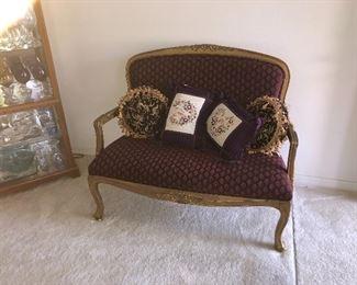 Settee love seat $125