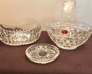 """""""Bohemia"""" Czech Republic basket with Italy dish and a small glass bowl."""