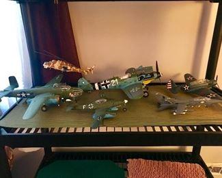 Model war planes