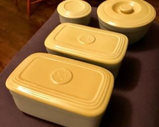 Art Deco GE refrigerator dishes made by Hall.
