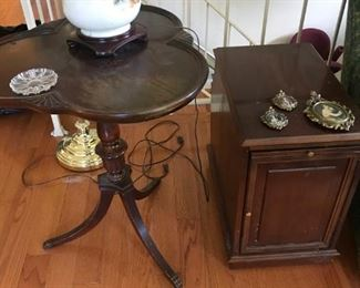 tri-sided end table