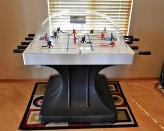 BUBBLE TOP HOCKEY GAME