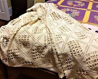 crocheted bedspreads