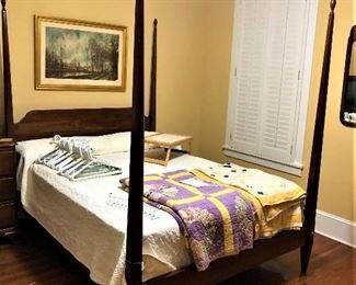 pencil post queen/full bed