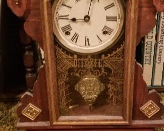 Vintage Mantle clock