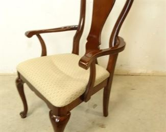 Fiddle Back Parlor Chair with Arms