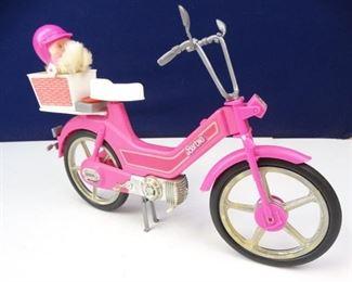 Barbie Motor Scooter with Helmet Dog Accessories