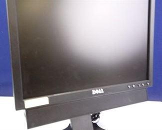 Dell 17 LCD Monitor w Onboard Speaker System