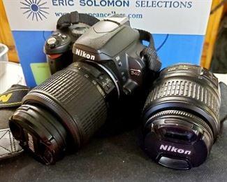 Nikon D40 w/ 2 Lenses & Camera Case 18-55mm 55-200mm