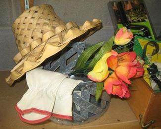 Straw garden hat, new garden gloves