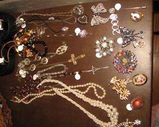 Extensive collection of vintage religious items and jewelry
