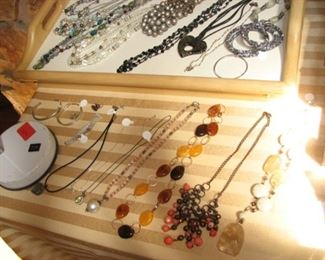 Jewelry - necklaces & bracelets