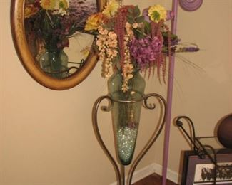 lavender light, floor vase, oval mirror