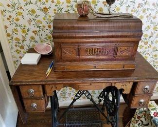 https://virginia.hibid.com/catalog/173212/woodman-drive---vintage-collections/