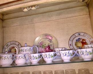 Vintage Shelley porcelain dessert set for 6.