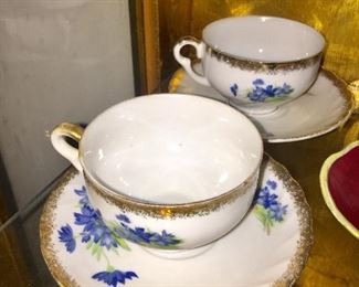 Shelley cups & saucers