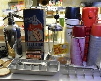 THERMOS', ALUMINUM ICE TRAY, VINTAGE SPRITZERS