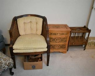 CHAIR, ACCENT FURNITURE