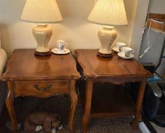 2 ETHAN ALLEN SIDE TABLES, LAMPS