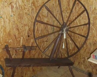 1800'S SPINNING WHEEL USED BY THE STRICKLAND FAMILY- EXCELLENT CONDITION-AWESOME PIECE OF HISTORY