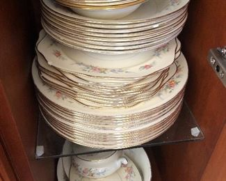Full set of dishes