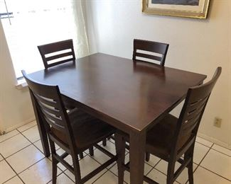 Highboy solid wood kitchen table w/4 chairs