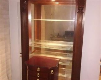 Beautiful display cabinet with side panel access