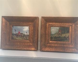 Pair of hunting Oils