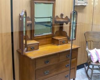 LOVE this four drawer, triple mirror antique dresser!