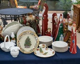 Fitz & Floyd Swan, cream colored dessert plates and bowls trimmed in gold, Santas!