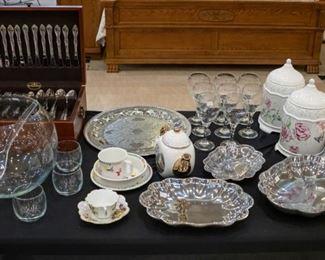 New Lenox baby dish set!  Thomas Kincaid teapot, more serving pieces.....
