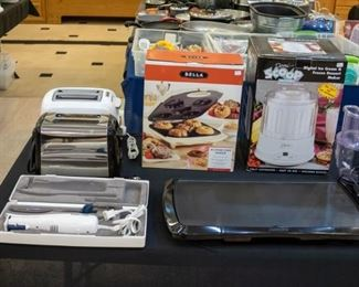 Toasters, Electric knife