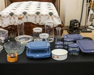 More covered glass containers!