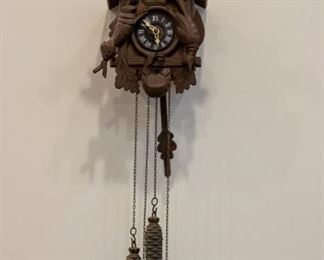 vintage Cuckoo Clock - running!