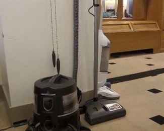 Rainbow Vacuum!