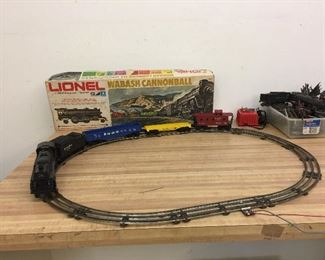 Lionel Wabash Cannon Ball & other vintage electric train parts.