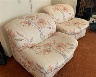 ▪80s Floral Chair #128x31x33inHxWxD ▪80s Floral Chair #228x31x33inHxWxD