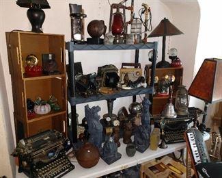 Old Typewriters, Lamps, Lanterns, Radios