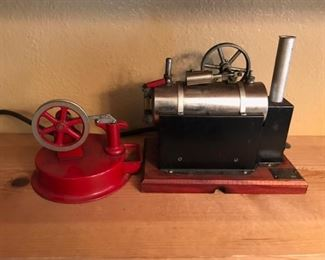 vintage 1950s toy steam engine (needs a belt)