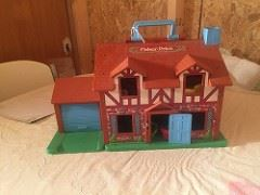 Fischer price home with accessories ,many Fischer prices toys