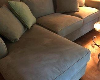 alternative angle of sectional sofa