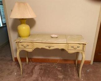 desk for writing sonnets