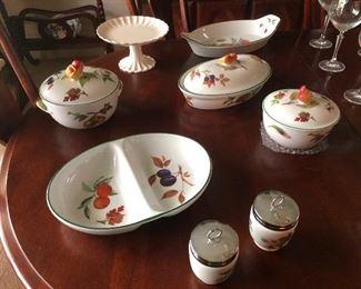 gorgeous china serving set English Royal Worchester